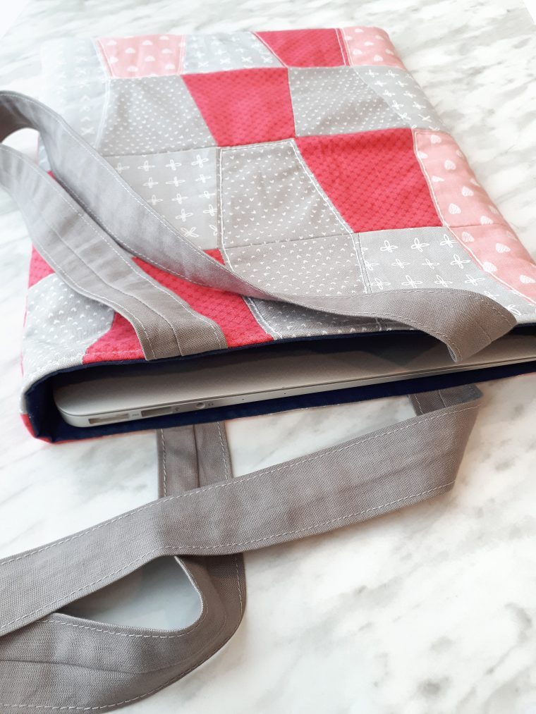 How to sew a pretty quilted laptop bag