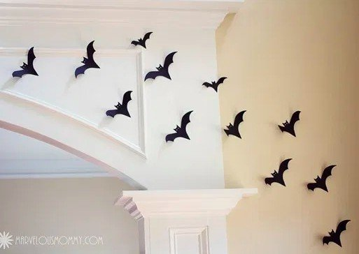 Halloween decor ideas, paper bats tutorial for a wall of spookiness!