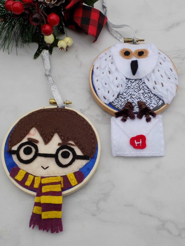 25 Unique handmade Christmas gift ideas to make or sew. Felt Christmas crafts. Harry Potter gift