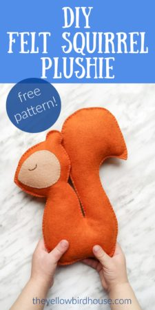 DIY Felt Squirrel Plushie. Use this free plushie pattern and simple tutorial to make an adorable felt stuffed animal. Free felt stuffie pattern. DIY woodland animal plushie.
