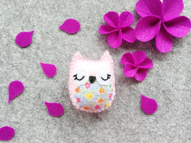 Adorable little felt owl magnets made with scraps