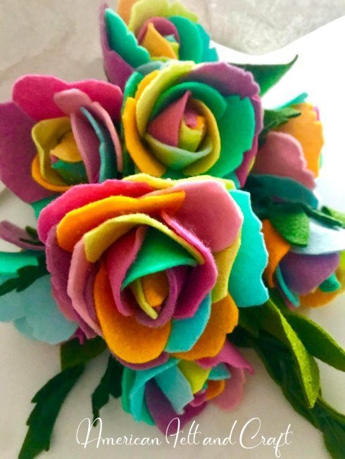 Use up your stash of felt scraps with this rainbow rose DIY. 24+ Ways to use felt scraps