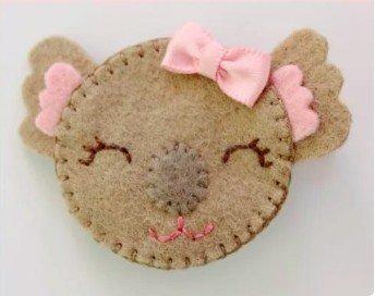 Make a cute koala hair clip using felt scrap fabric