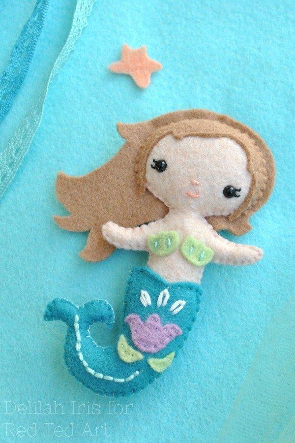 Cute little mermaid felt plushie pattern