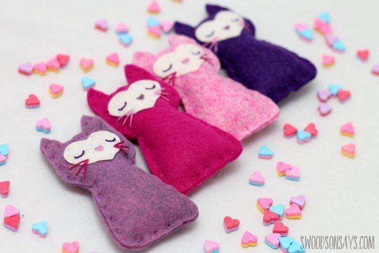 Pocket kitty sewing pattern