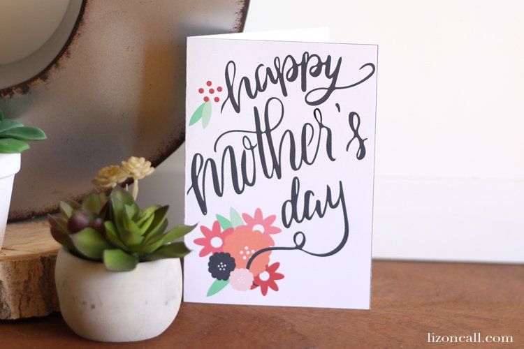 Pretty hand lettered Mother's Day card to print at home. Last minute mother's day cards.