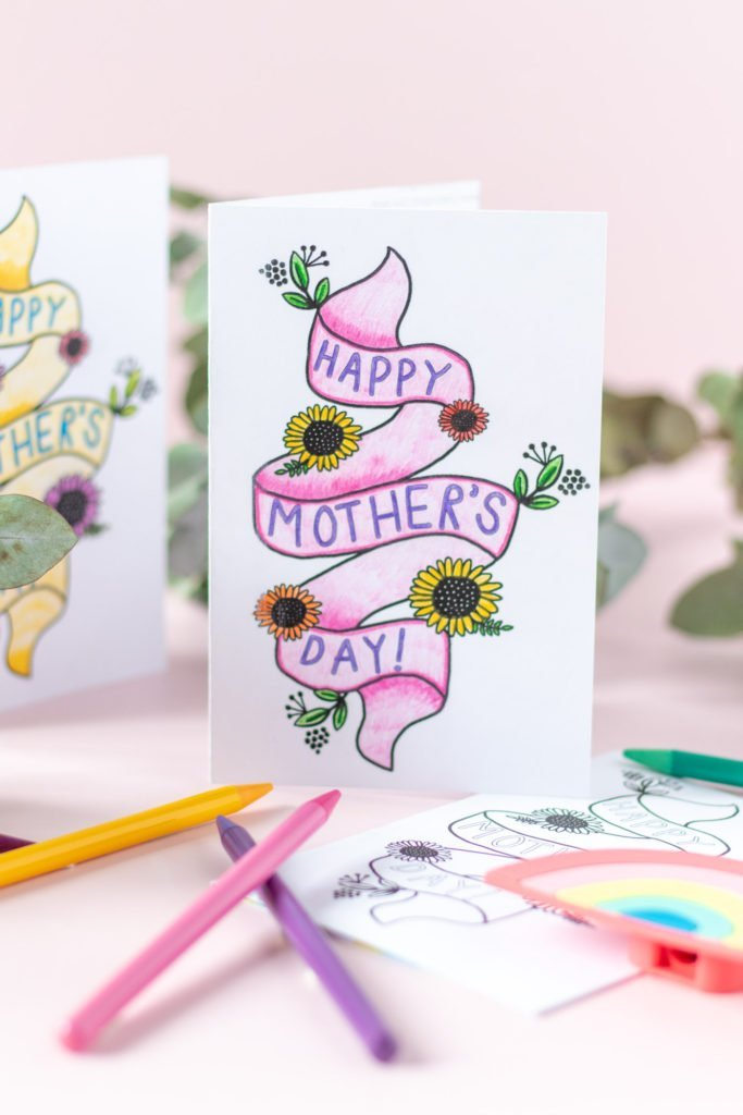 Pretty printable mother's day card. Colouring card.