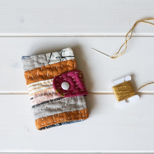 Make a cute sewing needle case using up some scrap fabrics in this DIY sewing project