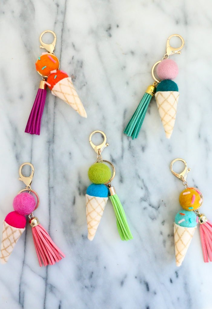 Super cute DIY felt ball crafts. Make these adorable felt ball ice cream keychains!
