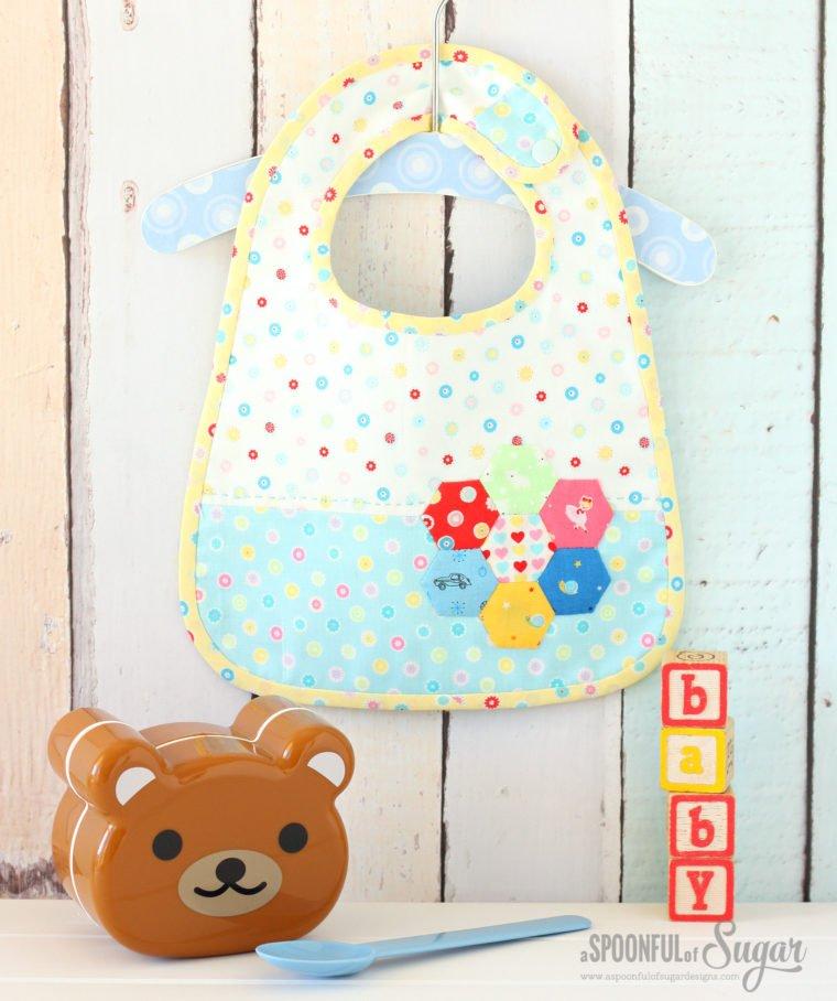 Hexagon baby bibs. 16 Hexagon sewing projects