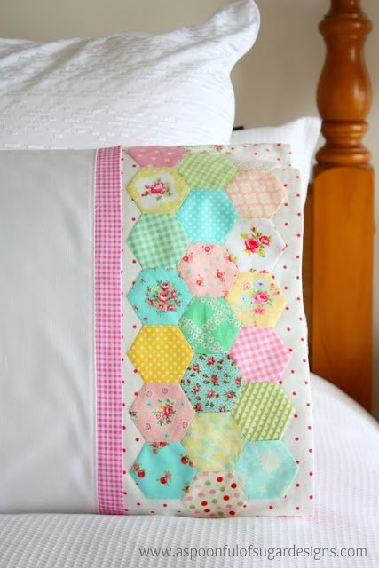Make a cute hexagon pillow to dress up your bed