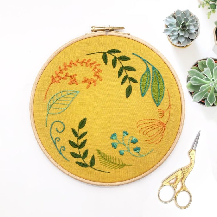 Sweet leaf wreath DIY embroidery kit for beginners