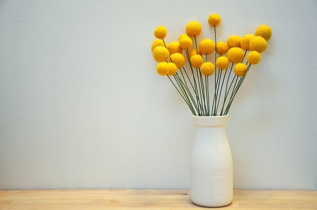 Billy ball felt flower arrangement. Super easy felt ball flower accents