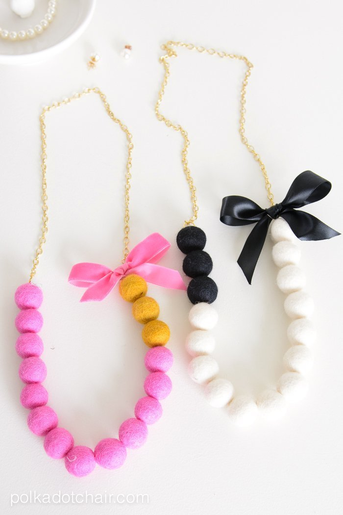 Make a cute felt ball necklace with this simple DIY tutorial