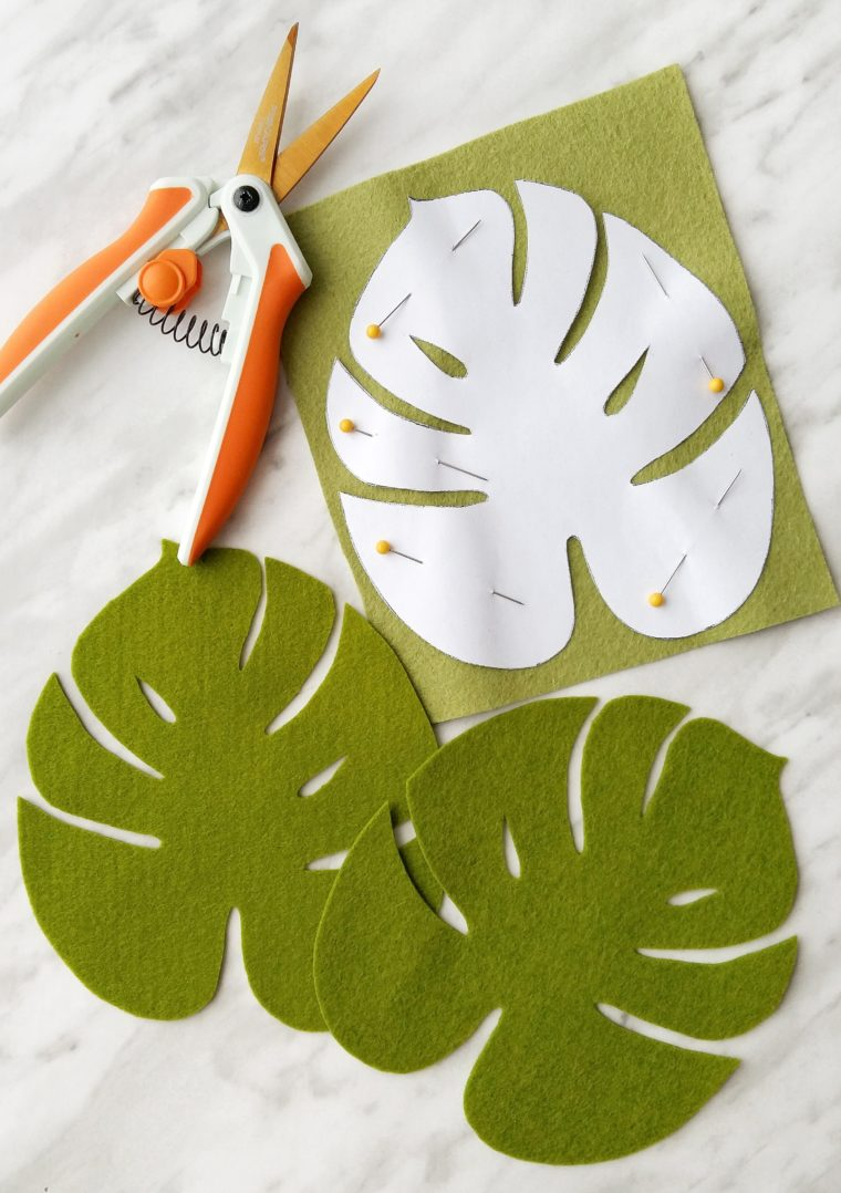 How to cut out Monstera leaves out of felt