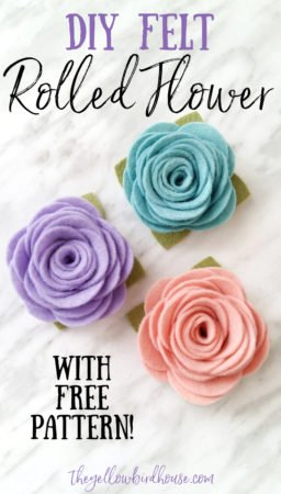 How to make felt flowers. A simple DIY rolled flower with a free pattern to download and print. Beautiful wool felt flower tutorial for making headbands, hair clips or home decor. Printable pattern for making felt flowers. Easy rolled flower headband tutorial. Tips and tricks for working with felt. Make pretty flowers using felt and this free pattern.