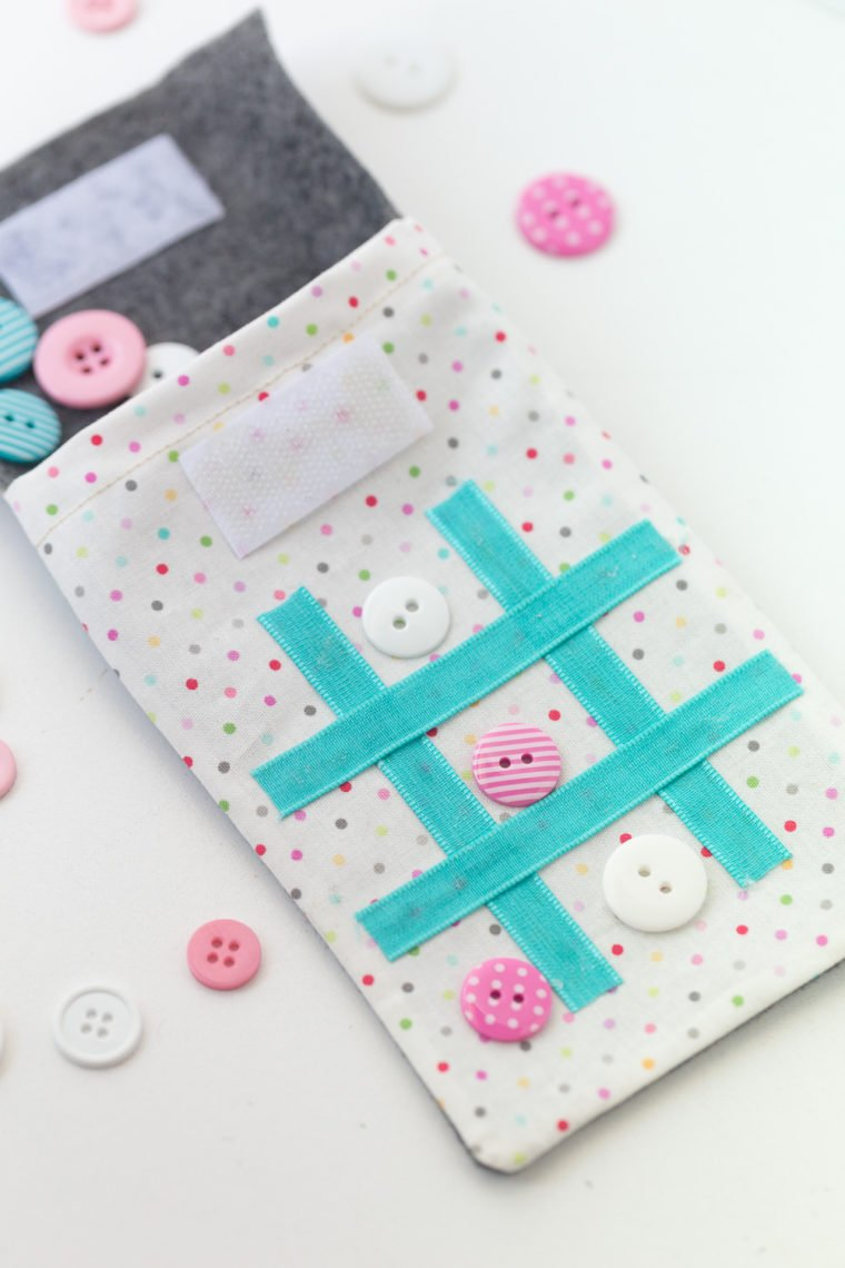 17 Simple sewing projects for kids to make. DIY tic tac toe game to make