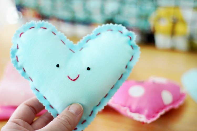 DIY adorable heart plushies for kids to make