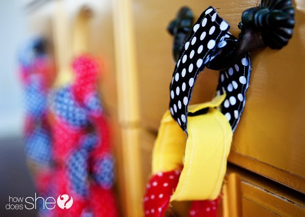 Simple sewing project: DIY reusable fabric chain links. DIY party decor, easy sewing