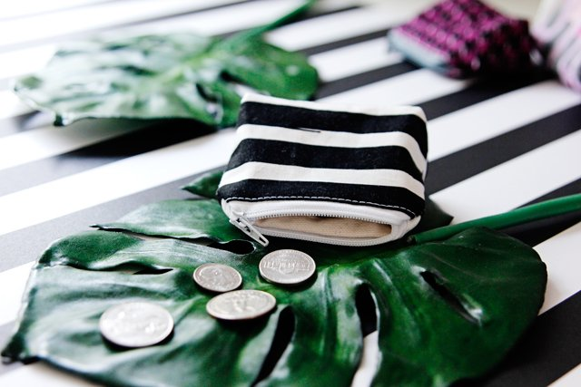 A tiny DIY coin pouch tutorial