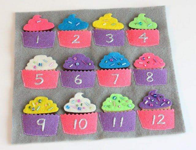 Make a cute cupcake counting page with this free pattern for a quiet book page