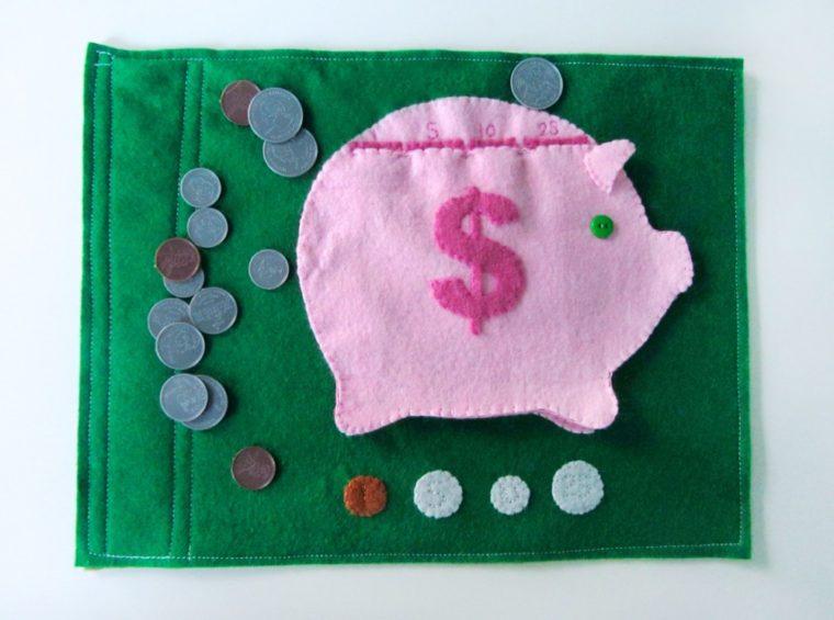 Make a cute felt piggy bank page for a quiet book