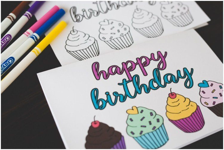 Cupcake birthday card to colour. DIY printable birthday cards