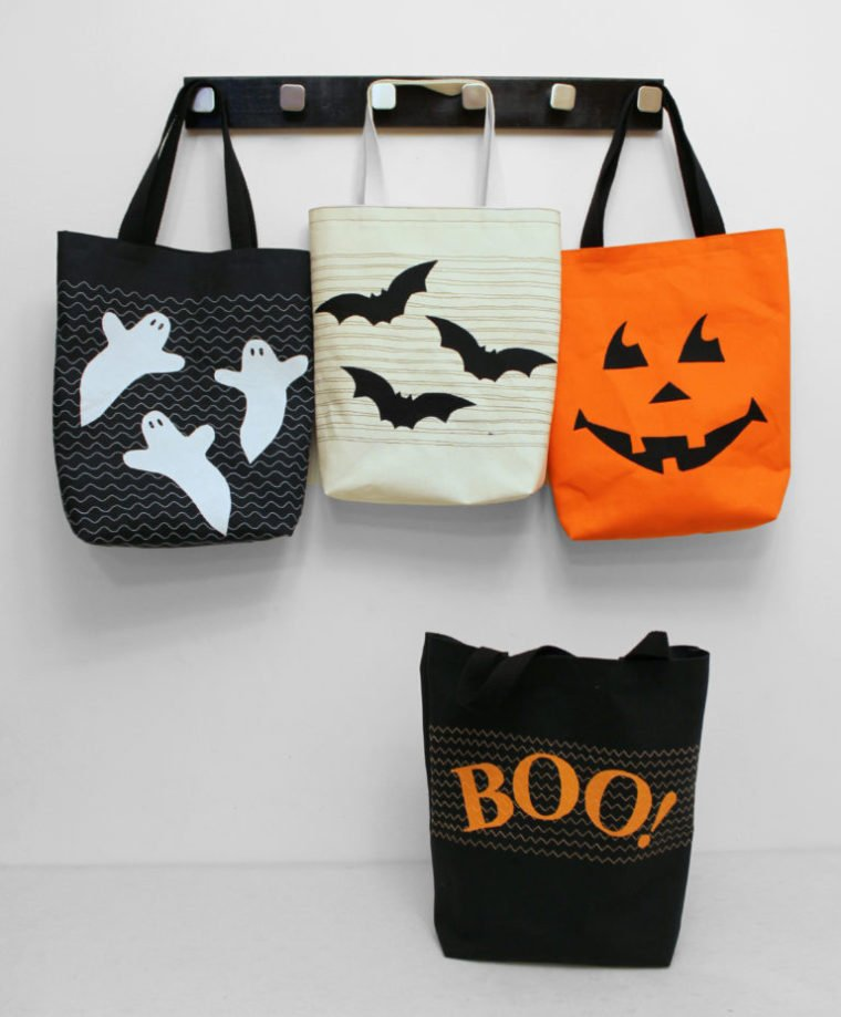 4 versions of a simple DIY Halloween trick or treat bag