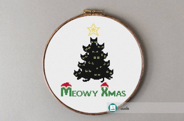 Cat Christmas cross stitch