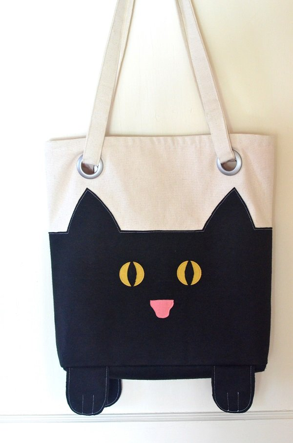 The cutest black cat tote bag for Halloween