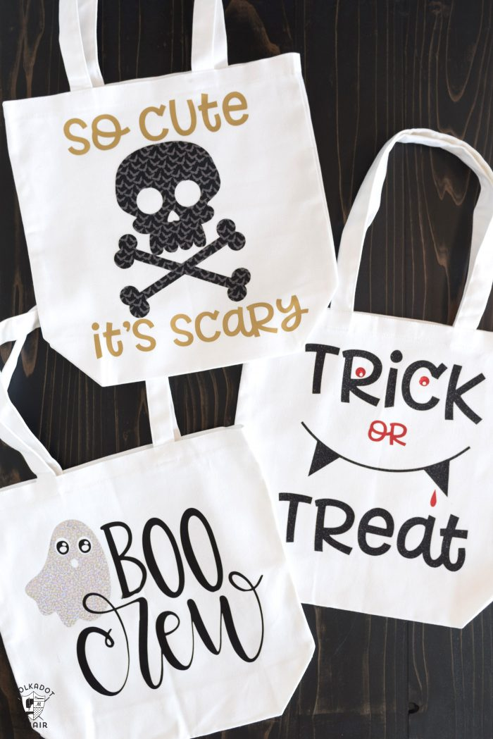 Great SVG files to adorn simple Halloween tote bags.