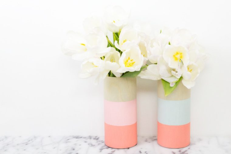 Beautiful colour blocked wooden vases. DIY gift ideas for friends.