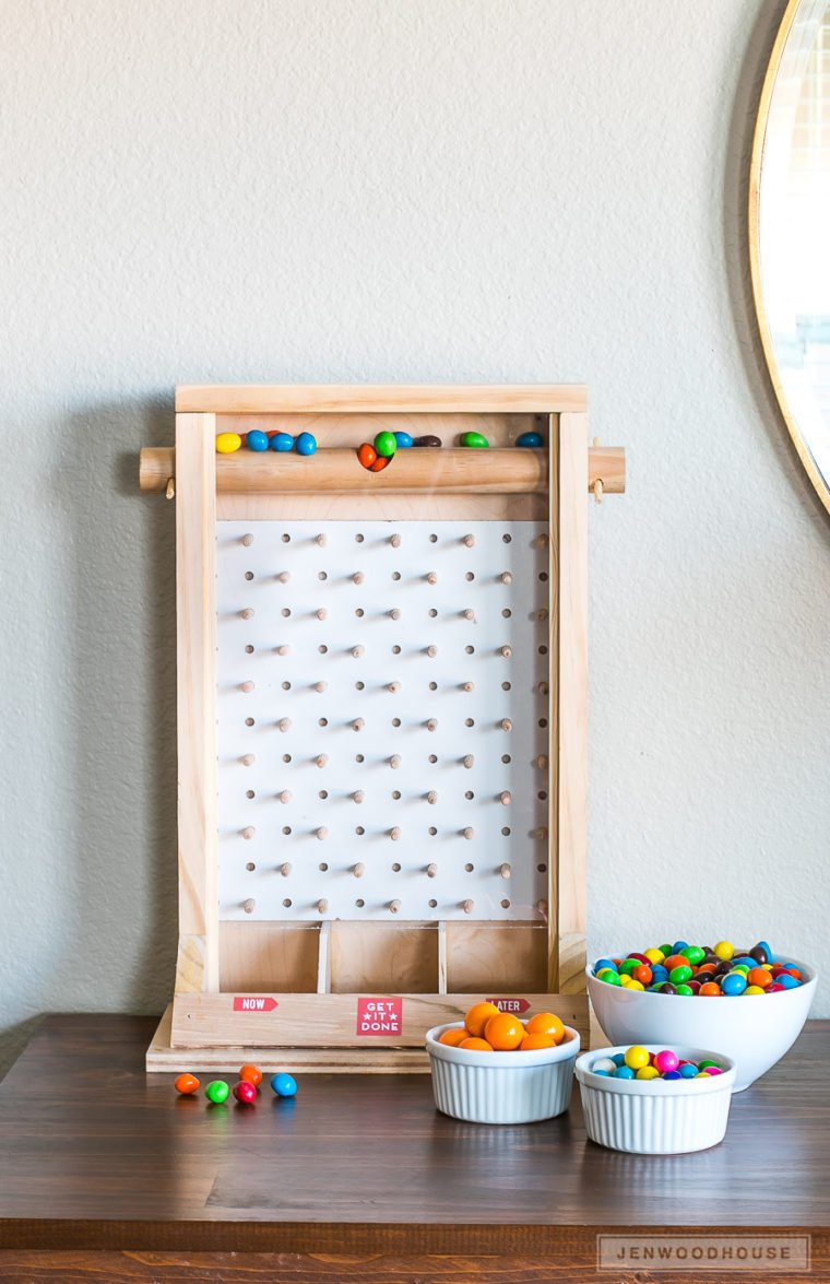 Fun DIY candy dispenser. Plinko style candy dispenser. DIY Christmas gifts for kids and kids at heart.