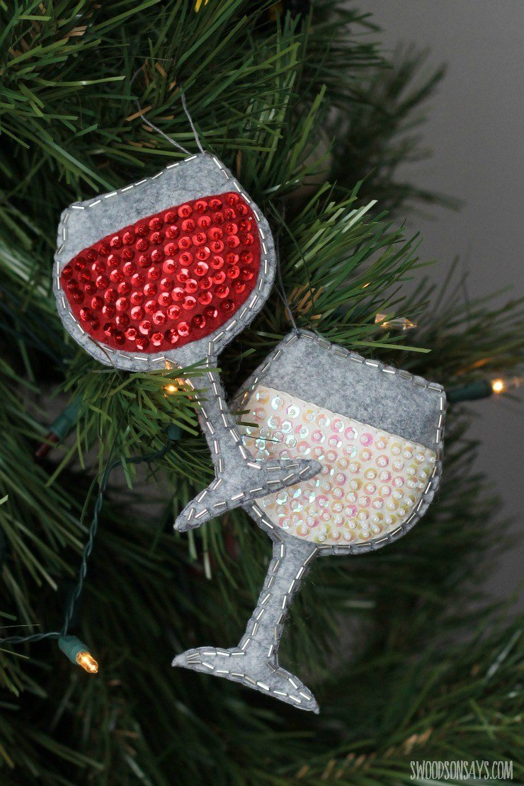 Felt wine glass ornament with sequins free pattern