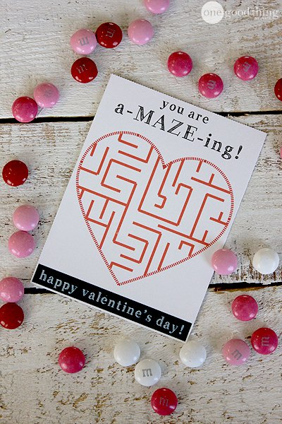 Cute maze valentine card for kids free printable. Non food valentines printables for the classroom