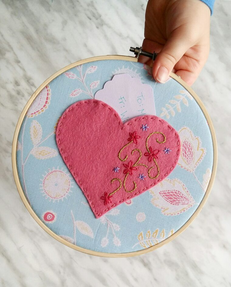 Make a sweet embroidered Valentine catcher to send little notes to your kiddos!