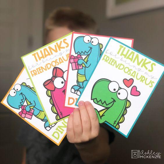 Cute dinosaur free printable valentine card for preschoolers.