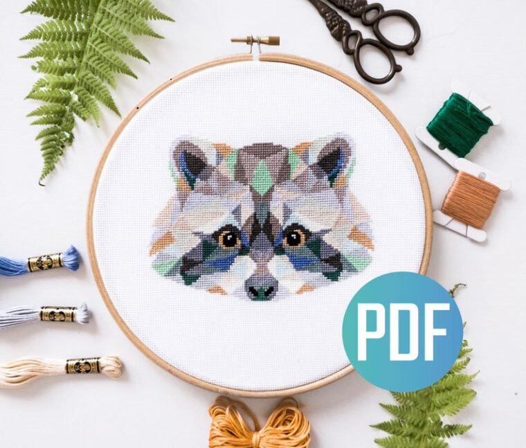 23 Adorable geometric animal cross stitch patterns. The cutest little raccoon face cross stitch.