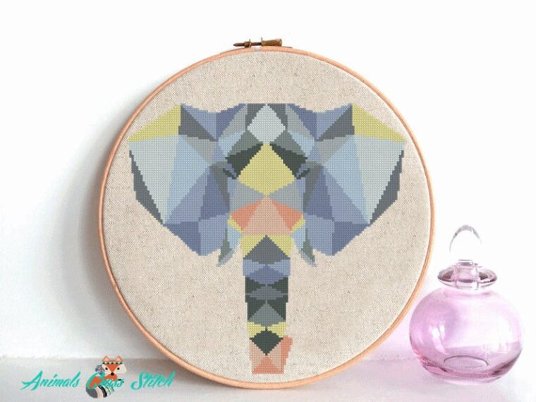 Geometric elephant stitching pattern. Safari themed DIY decor ideas. 23 Geometric animal cross stitch ideas