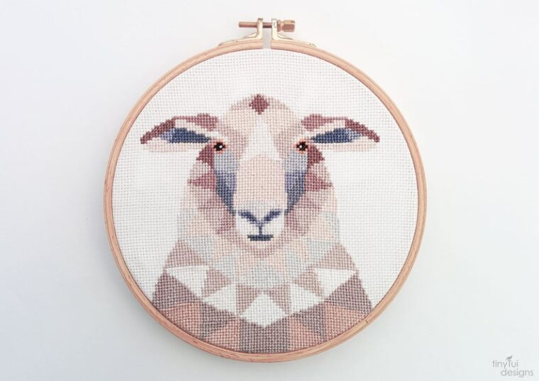 Sheep cross stitch pdf pattern. Farm animal cross stitch patterns.
