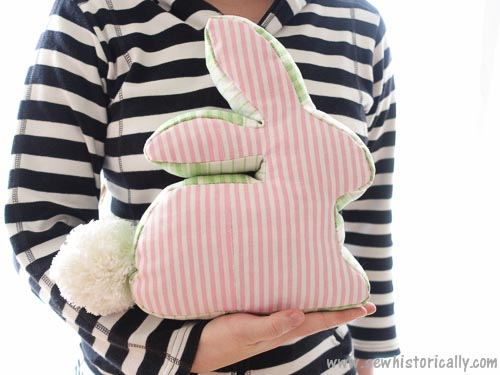 How to sew a bunny pillow. 19 DIY bunny crafts to make or sew for Easter