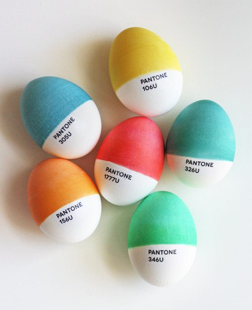 Clever Pantone painted Easter eggs. 35 Egg decorating ideas