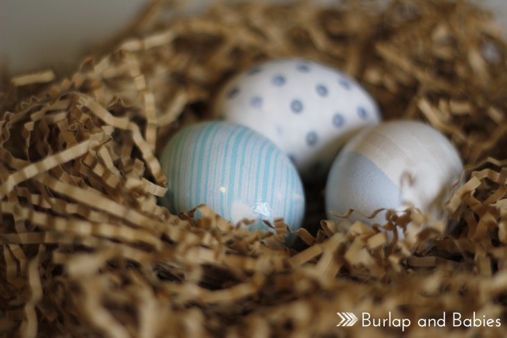 How to dye Easter eggs wit silk ties. 35 Easter egg decorating ideas