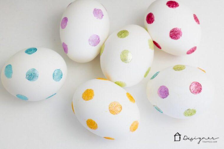 Glittery polka dot Easter egg DIY