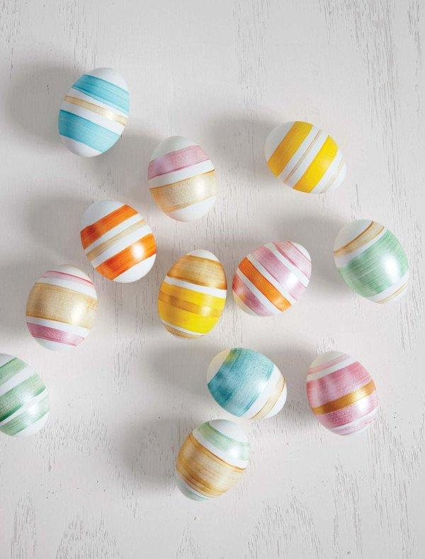 Beautiful striped Easter eggs DIY