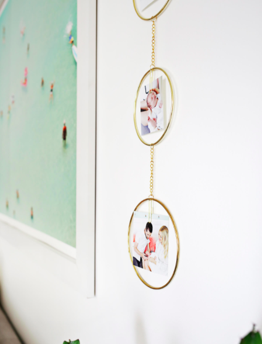 DIY hanging photo display to make for Mother's Day. Easy last minute gift ideas for moms.