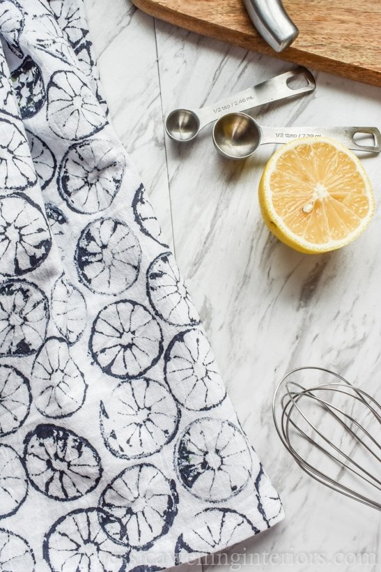 How to make citrus stamped tea towels. Last minute Mother's Day gift ideas.